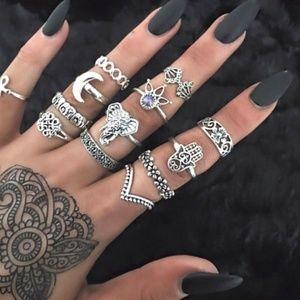 Jewelry - 13 piece Bohemian style ring set